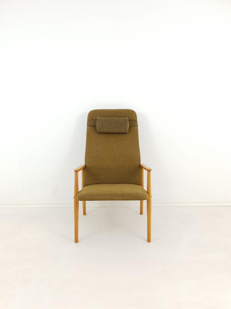 Vintage Scandinavian Oak Armchair, 1970s M-50519