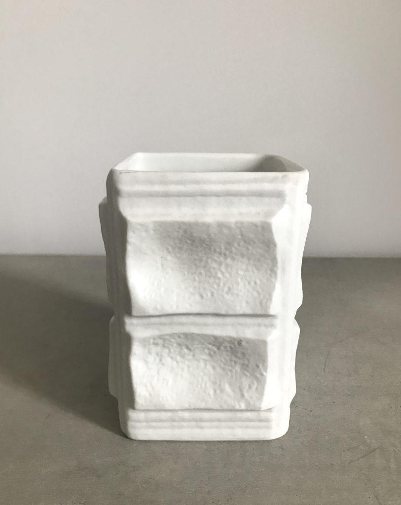 Porcelain vase, design by Martin Freyer, Rosenthal, D-183